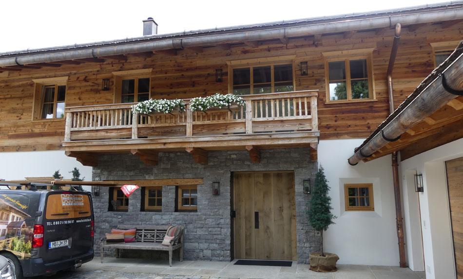 heiss-holzbau-altholzhaus-02